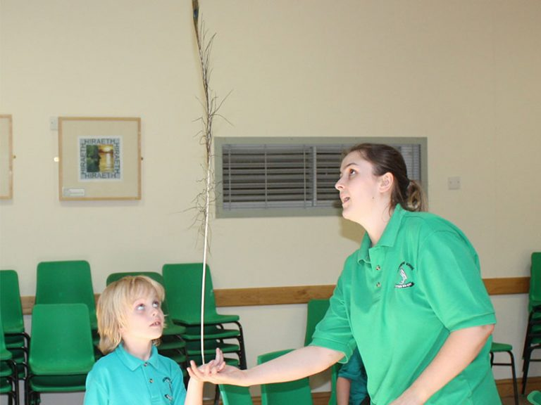 Feather-balancing-for-SEND-children-at-special-school