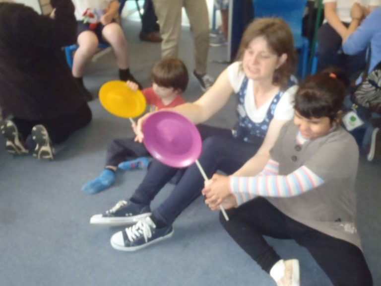 SEND-children-learn-plate-spinning-with-TK-Arts-at-special-school