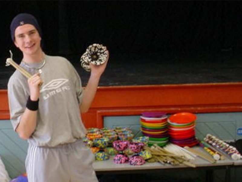 Young-person-with-diabolo-at-Tom-TK-Arts-circus-day-at-secondary-school-web